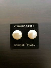 BRAND NEW Sterling silver and pearl post earrings  Woodbridge, 22192