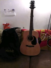 Guitar Accustic excellent condition no scratches or marks come with  t Visalia