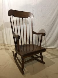 Wood rocking chair  Frederick, 21702