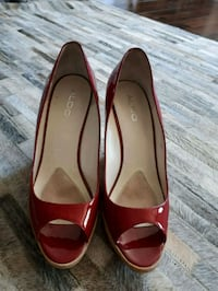Aldo Red Patent 39 wedgies Mississauga, L5N