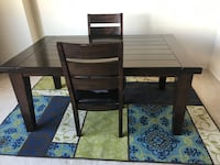 Dining table Alexandria, 22304