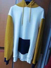Pull and bear Kapşonlu sweatshirt  Seyrantepe Mh, 34418