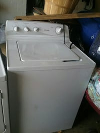 white top-load clothes washer Springfield