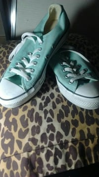 Like new converse allstars