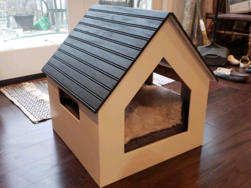 Pet house ad8761b3-9e8f-4fcb-9add-0e583334933e