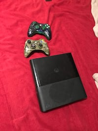 Black Xbox 360 console with two controllers and tons of games Orangevale, 95662