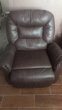 black leather recliner sofa chair Poway, 92064