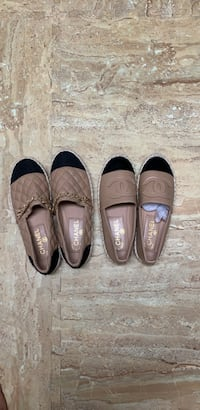 pair of brown and black flats Toronto, M2H 2R4