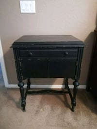 Distressed sewing table Camp Verde, 86322