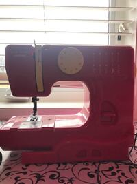 Pink Janome home sewing machine Whitby, L1R 3E5