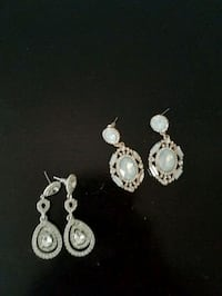pair of silver and white pearl earrings Baltimore, 21224