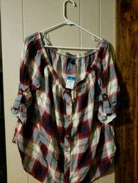 women's shirt  Saint Martinville, 70582