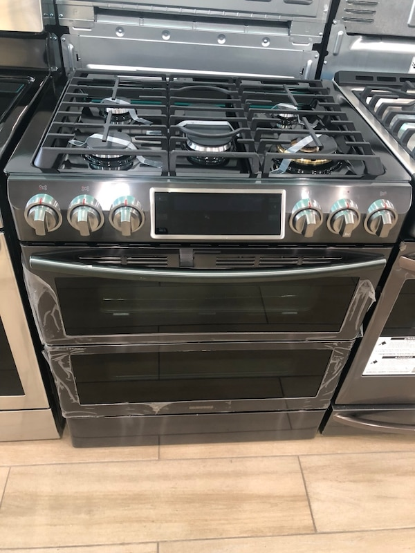 c10555c49 Brukt Samsung Flex Duo 5-Burner 5.8-cu ft Self-Cleaning Slide-In True  Convection Gas Range (Black Stainless Steel) til salgs i Perth Amboy - letgo