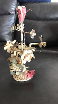 Retro metal floral candle holder New York, 10471