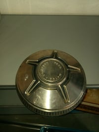 Ford Hubcap (1)