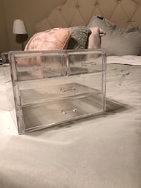 Large Acrylic makeup drawers Woodbridge, 22192