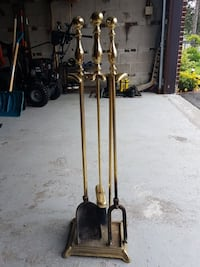 Iron fireplace tool set  Brampton, L6Z 1G1