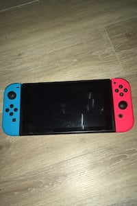 Nintendo Switch with Super Smash Bros Richmond, V6Y 4A8