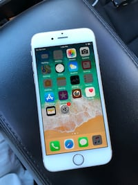 AT&T iPhone 6s 64gb Rose Gold (like new) Jacksonville, 32210