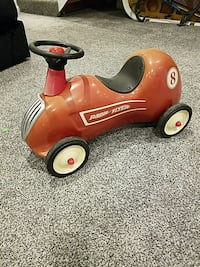 VINTAGE radio flyer ride on toy