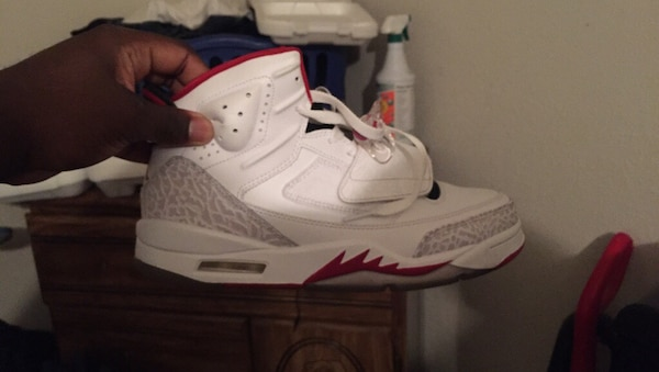white and red Air Jordan Son of Mars