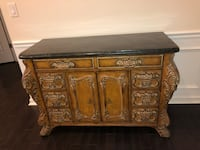Beautiful Dresser. Make an offer. Excellent condition Charlotte, 28226