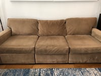 Sectional couch New York, 11222