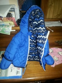 blue and white zip-up hoodie north face Toms River, 08753
