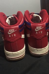 Red airforce 1 size U.S 4.5Y Kitchener, N2E 3L1