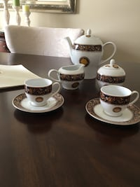 Casa Elite espresso  coffee set. Made in Italy. It comes with 10 cups Beaconsfield, H9W 1G6