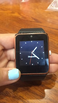 black smartwatch with black strap Longueuil, J4J 4Y4