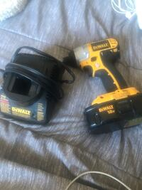 Yellow and black dewalt cordless power drill Burnaby, V5B