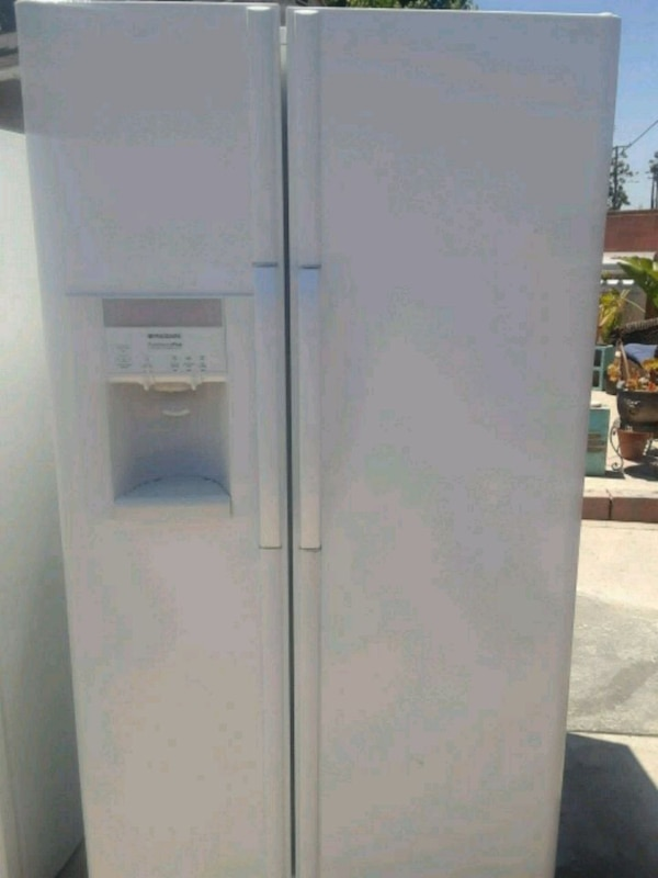 White Frigidaire Side by side Refrigerator