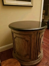 Console granite top - moving sale  Raleigh, 27617