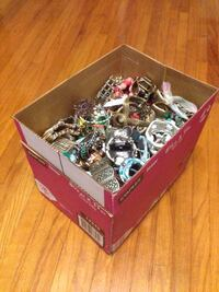 Huge lot of jewelry pieces  Toronto, M9M 0A4