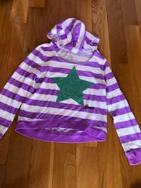 Dance long sleeve hoodie size 8 from Justice Brampton, L6R 0P7