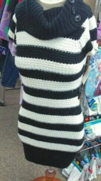 Childs black and white knitted dress