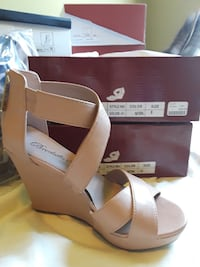 pair of brown leather open toe wedge sandals Nicholasville, 40356