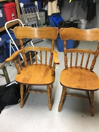 6 chairs and table Newmarket, L3Y