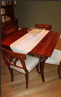 Brown wooden table with chairs Danville, 94506
