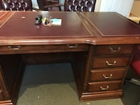 2 large professional desks Stoney Creek, L8G 2Y6