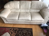 white leather 2-seat sofa Chicago, 60605