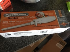 Brand new electric knife