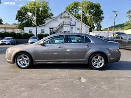 2010 CHEVY MALIBU - CLEAN TITLE - 800 DOWN