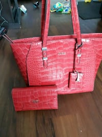 Red leather tote bag and wallet London, N6H