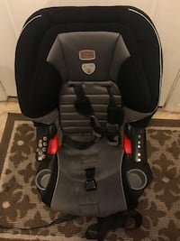 baby's black and gray car seat Alexandria, 22315