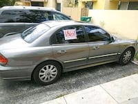 gray 5-door hatchback Miami, 33177
