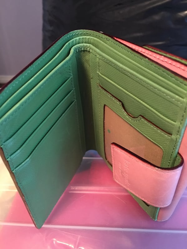 Kate Spade wallet pink and green 0