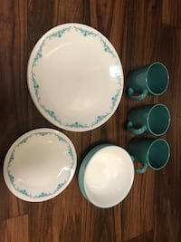 White and blue floral ceramic dinnerware set Lake Mary, 32746