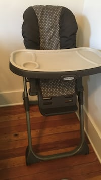 baby's white and black high chair Lafayette, 70506
